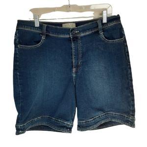 Wrangler shorts, women's size 14, jean, stretch